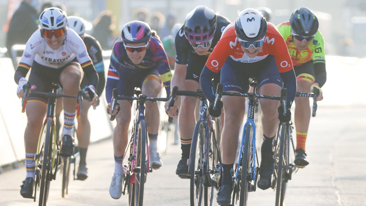 Emma-Norsgaard-2nd-in-her-debut-with-Movistar-at-the-Omloop