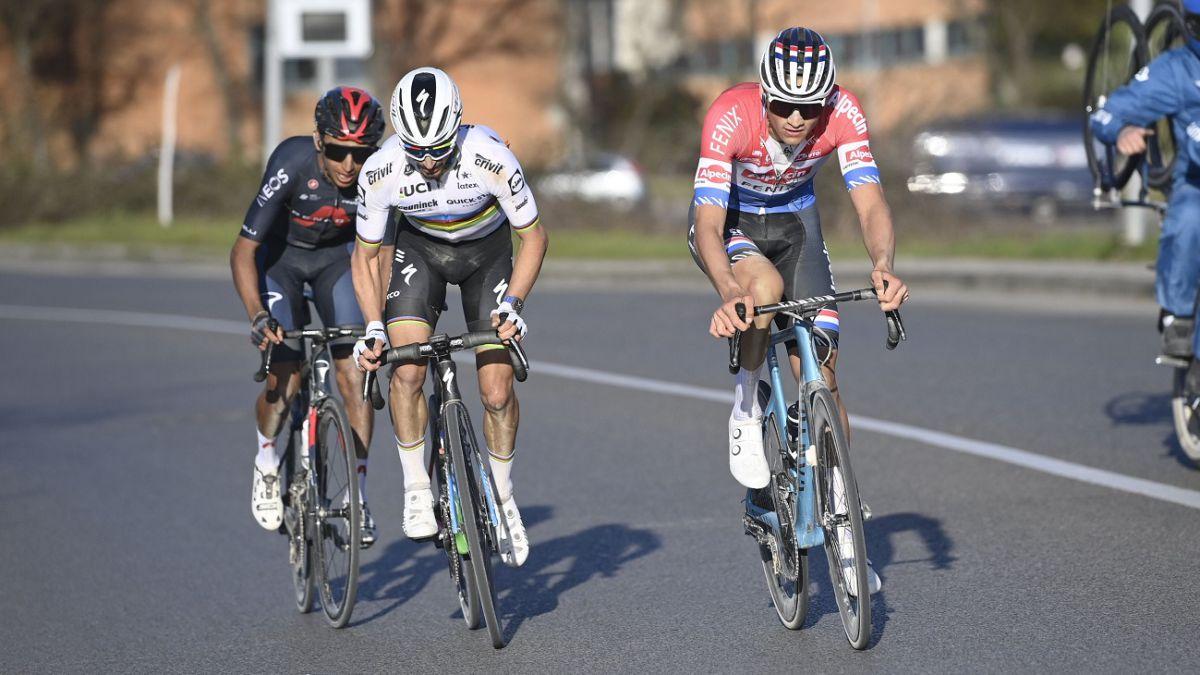 Van-der-Poel-debuts-his-record-at-the-'sterrato'
