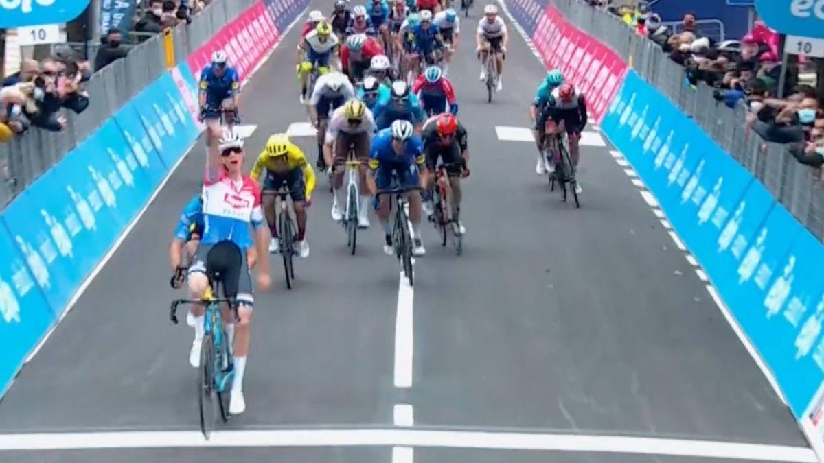Van-der-Poel-wins-the-stage