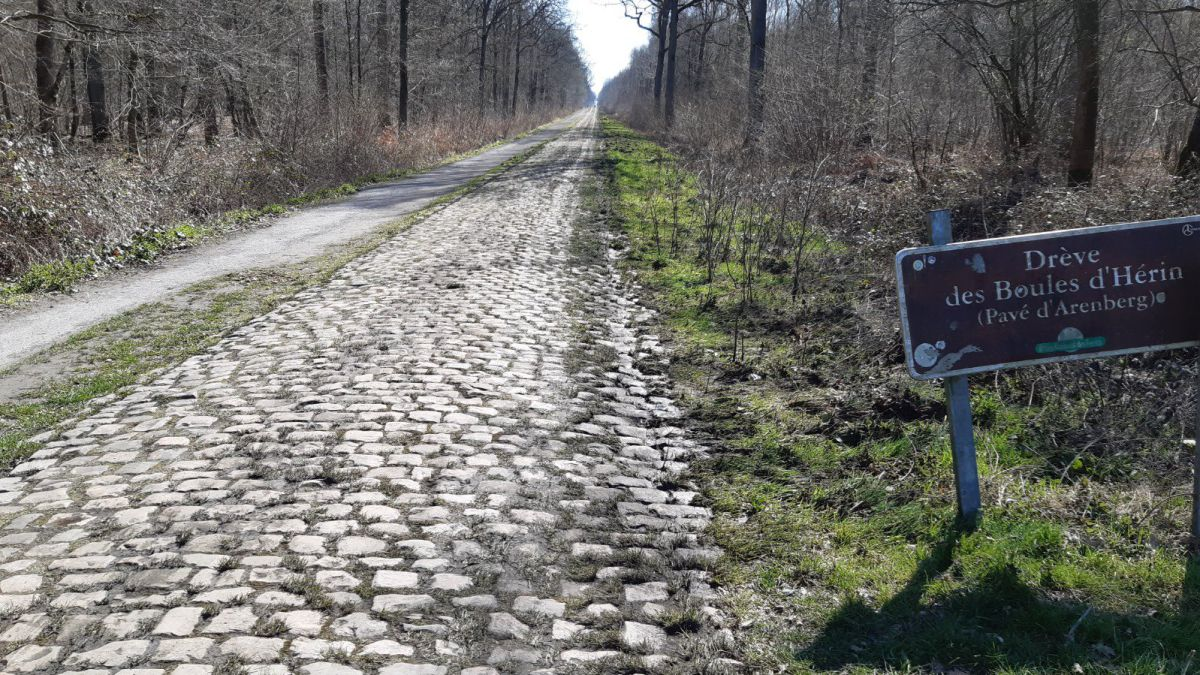 Paris-Roubaix-is-delayed-to-October-due-to-COVID-19