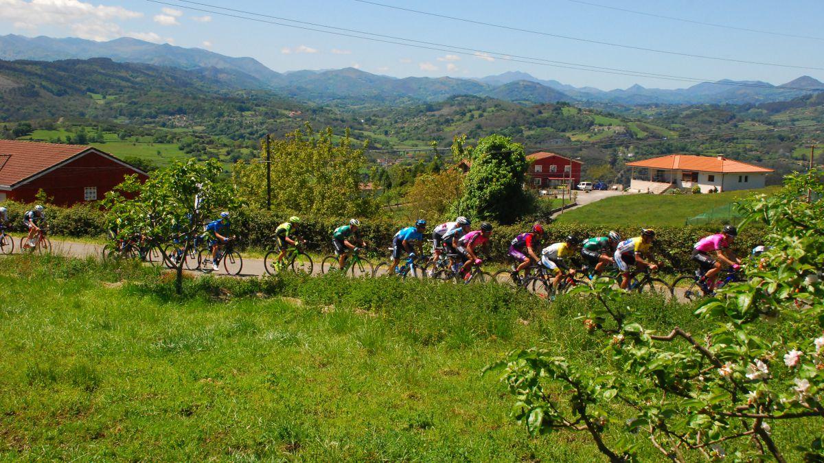 The-Vuelta-a-Asturias-2021-recovers-the-Alto-del-Naranco