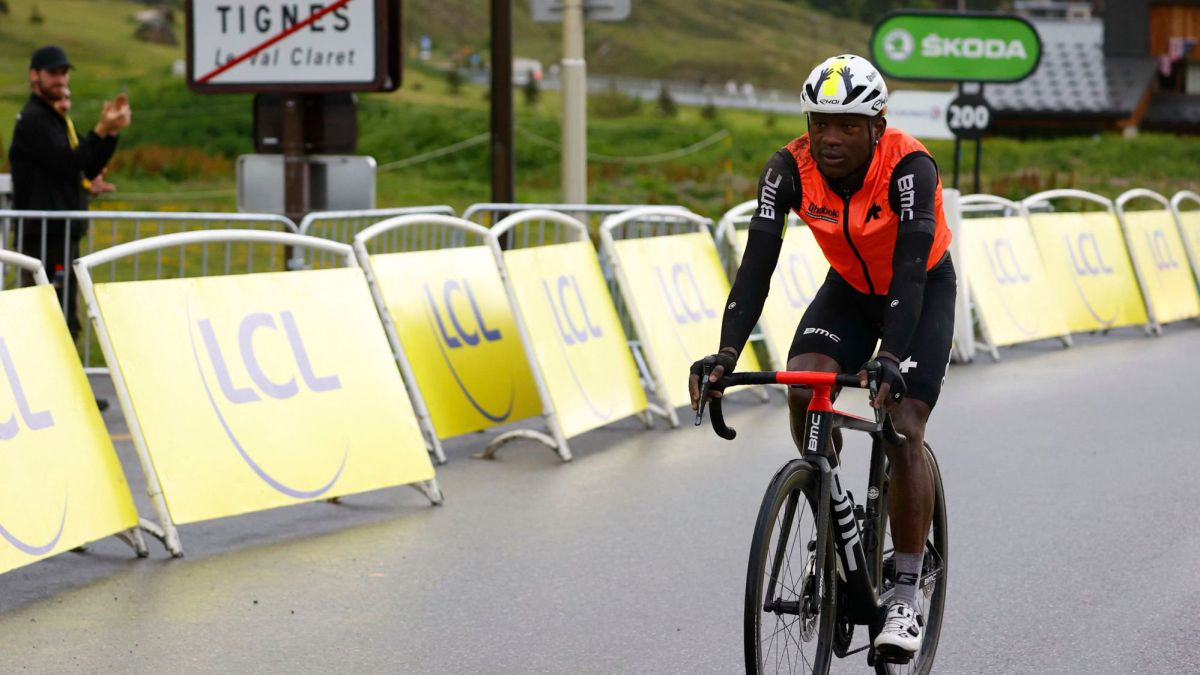 Dlamini's-odyssey-to-reach-the-finish-line-in-the-Tour-de-France