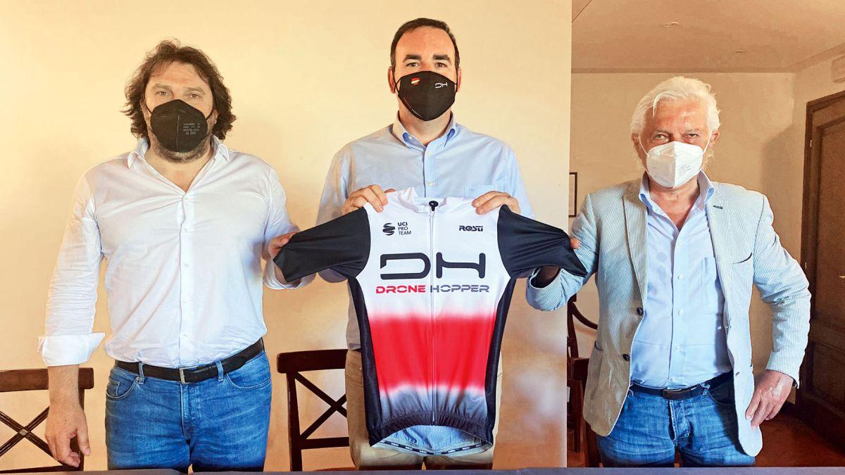 The-Spanish-company-Drone-Hopper-new-sponsor-of-the-Gianni-Savio-team