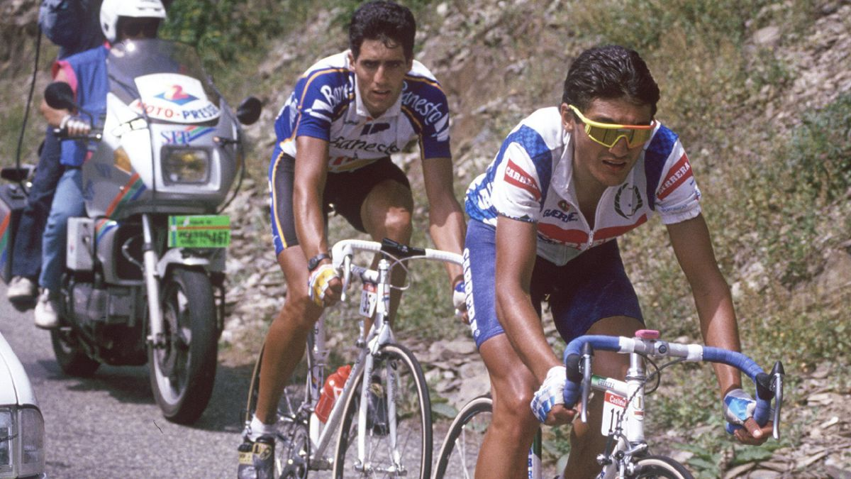 Indurain-wore-his-first-yellow-to-attack