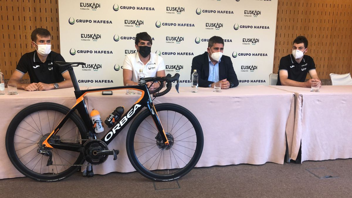 Euskaltel-prepares-thoroughly-for-the-Vuelta