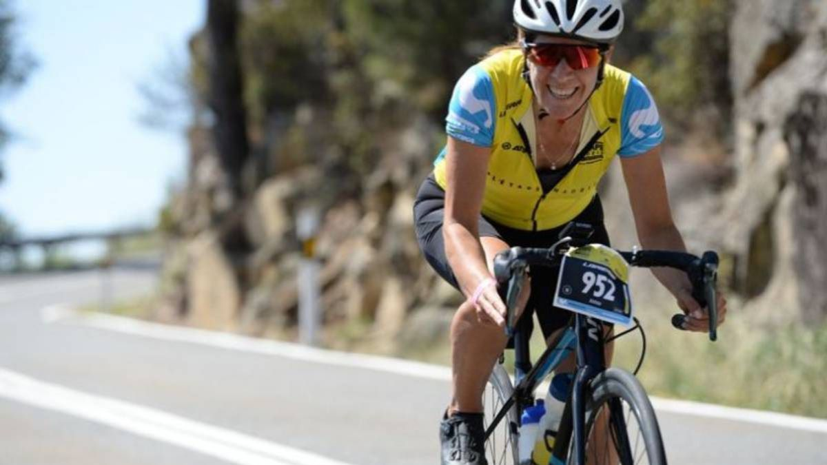 Women-in-bike-by-Movistar-animated-L'étape-Madrid