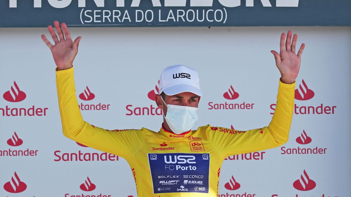 Amaro-Antunes-is-proclaimed-winner-of-the-Tour-of-Portugal