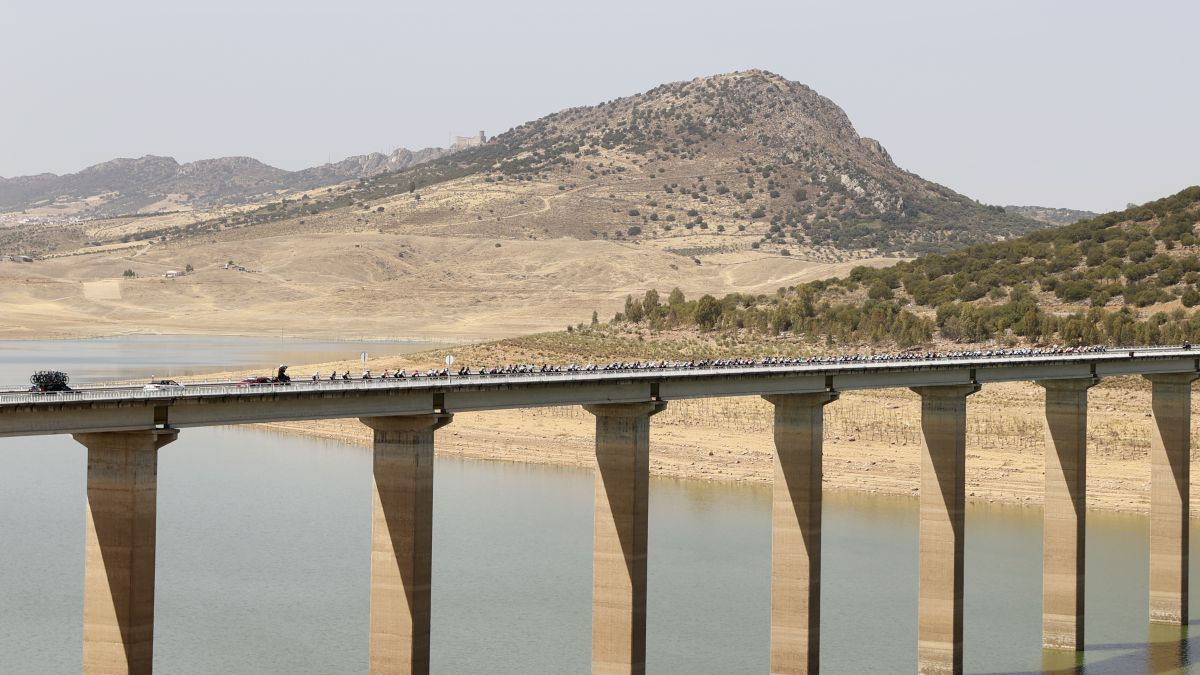 From-Andalusia-to-Extremadura-through-the-Zújar-reservoir