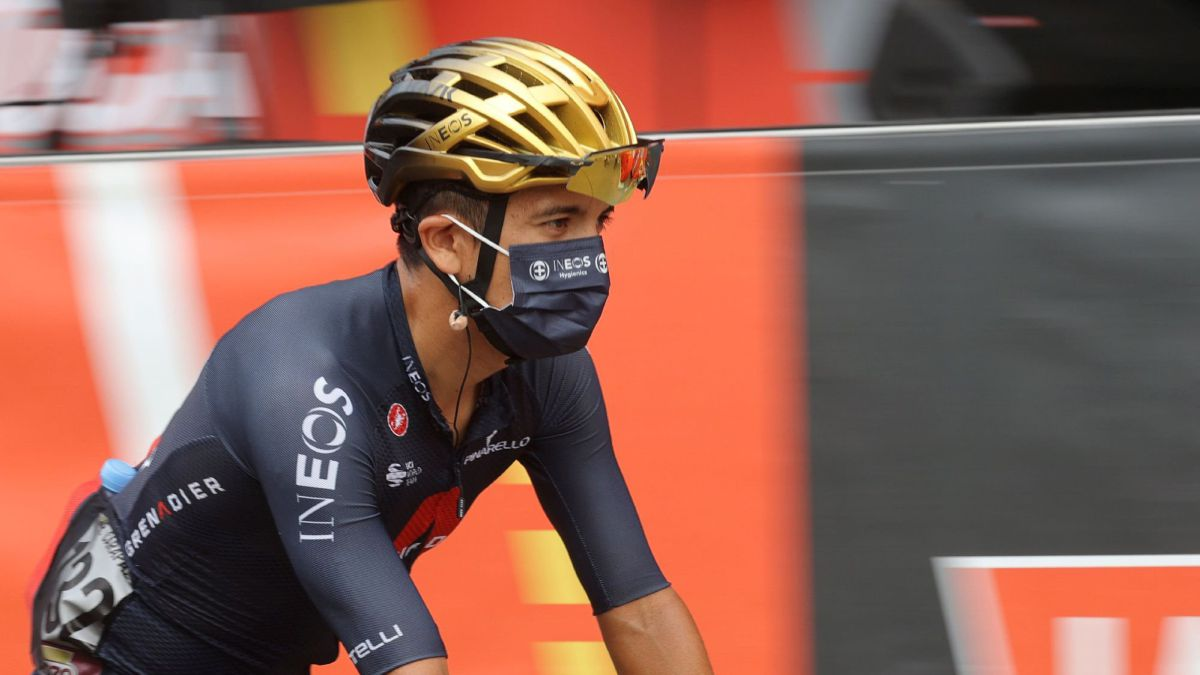 Carapaz-says-goodbye-to-the-Vuelta