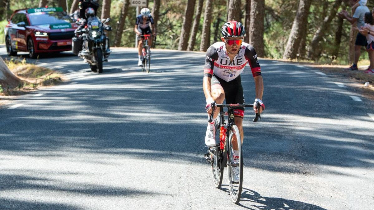Majka-prophet-on-cycling-land;-Eiking-hold-on-for-one-more-day