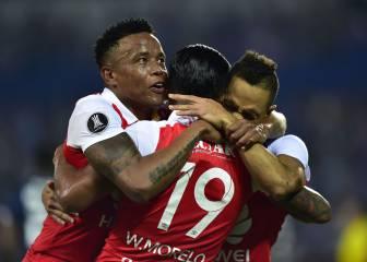 Santa Fe golea y asegura su presencia en Sudamericana