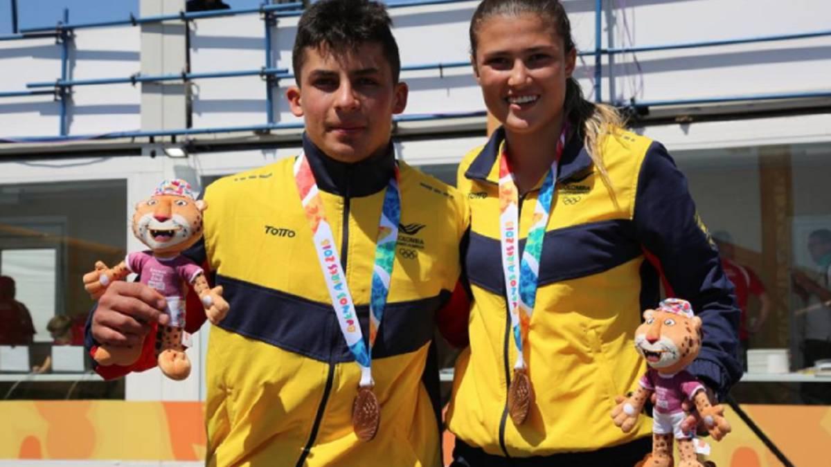 Gabriela Rueda y Juan Camilo Ramírez ganaron medalla de bronce en la prueba  por equipos de a0bac753d34ac