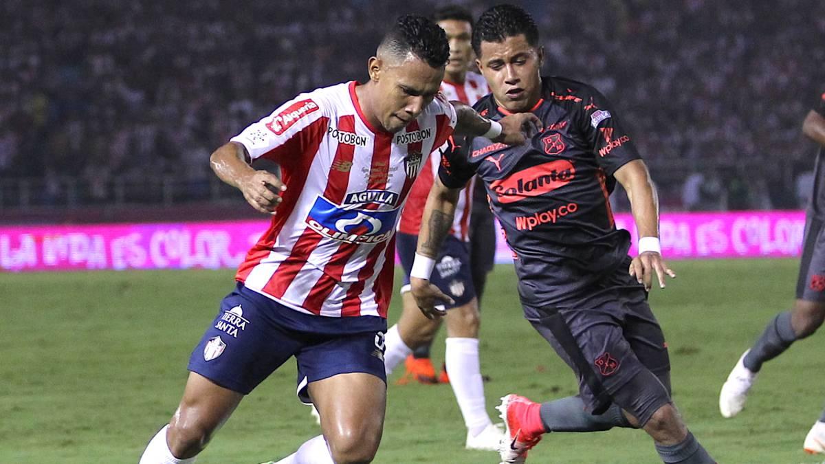 Junior 4 - 1 Medellín  Resumen 4a213a3bc8c86