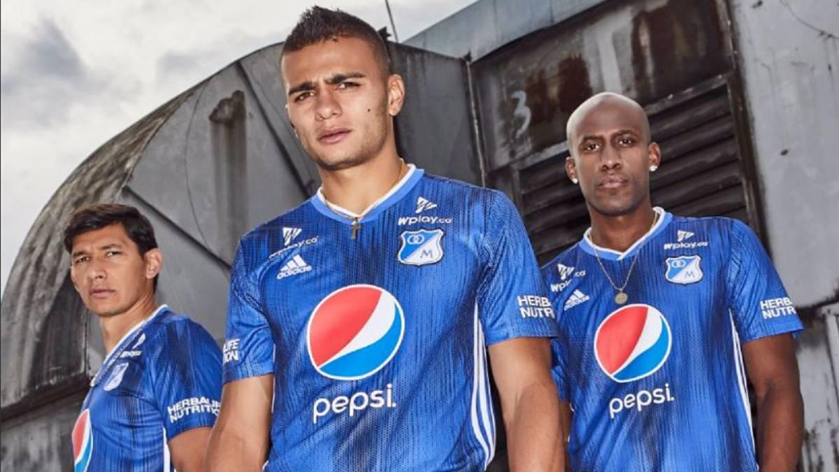043c8d49d Millonarios presenta su nueva camiseta para el 2019 - AS Colombia