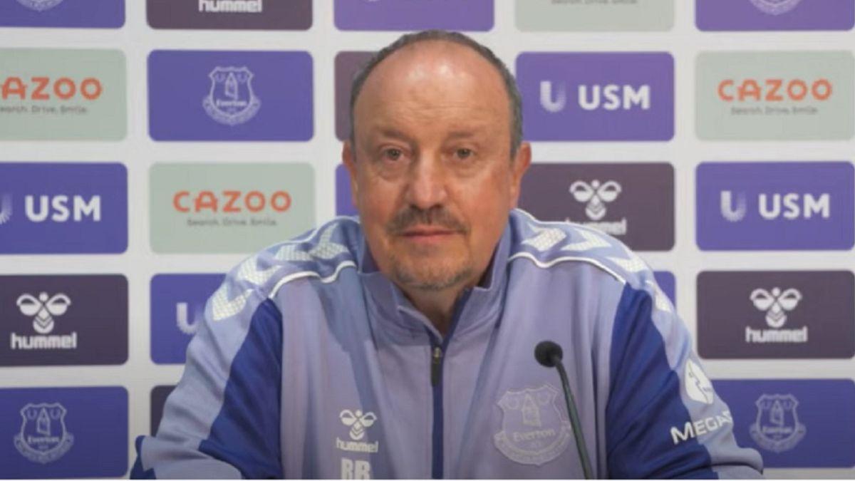 Benitez-avoids-talking-about-James'-future-at-Everton