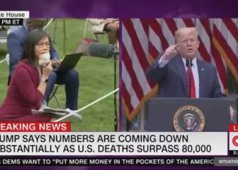 Racismo, insultos y una periodista que no se amilanó: la última de Trump