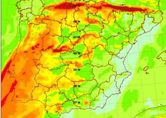 La borrasca 'Bárbara' trae vientos huracanados y lluvia a España