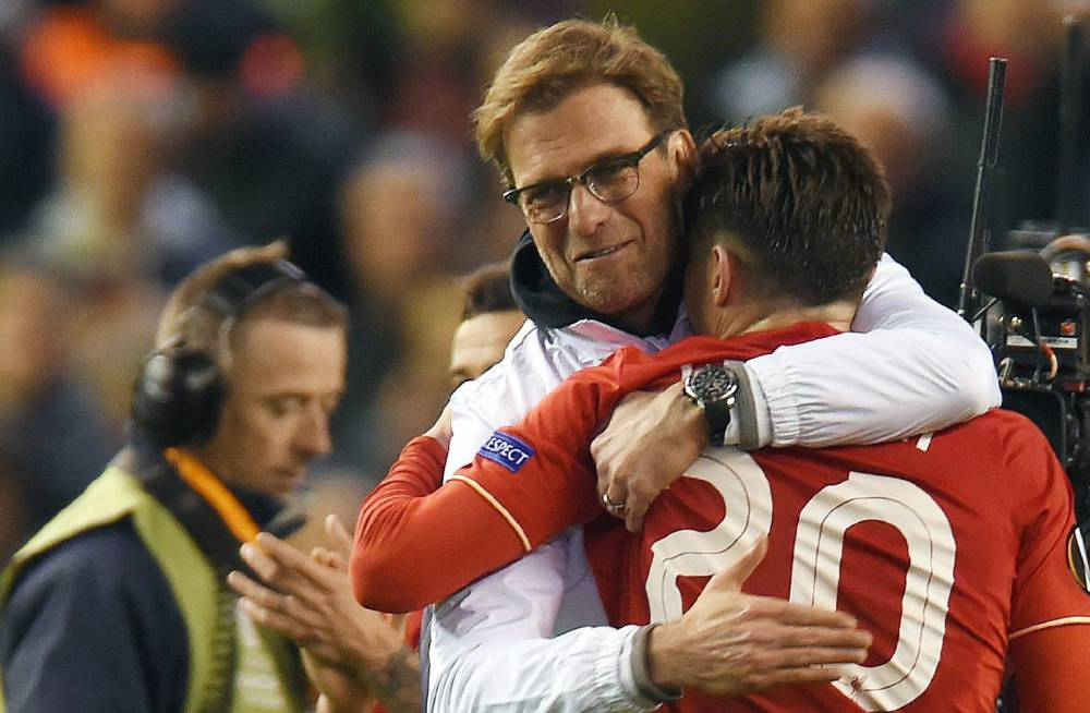 europa league liverpool overcome manchester united at anfield
