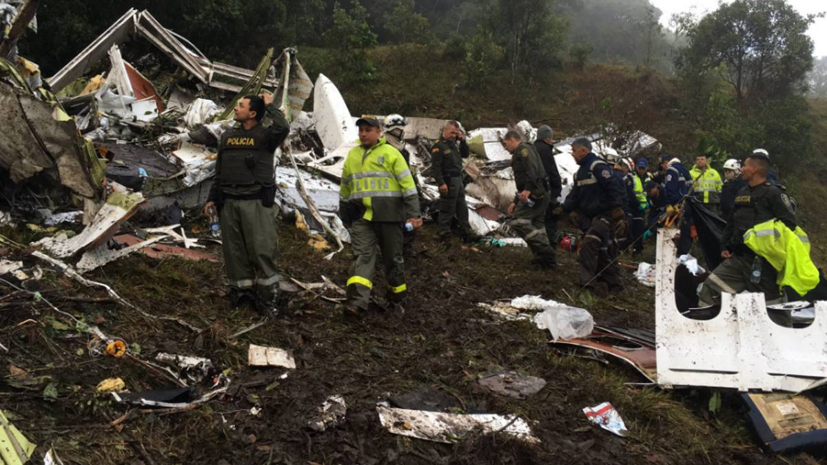 Plane carrying Brazilian team Chapecoense crashes in Colombia: 71 confirmed dead - AS.com