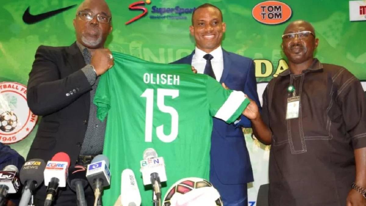 Dutch club fortuna sittard sacks former nigeria coach for Championship league table 99 00