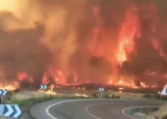 Imágenes de impacto: el incendio que está arrasando la sierra de Huelva