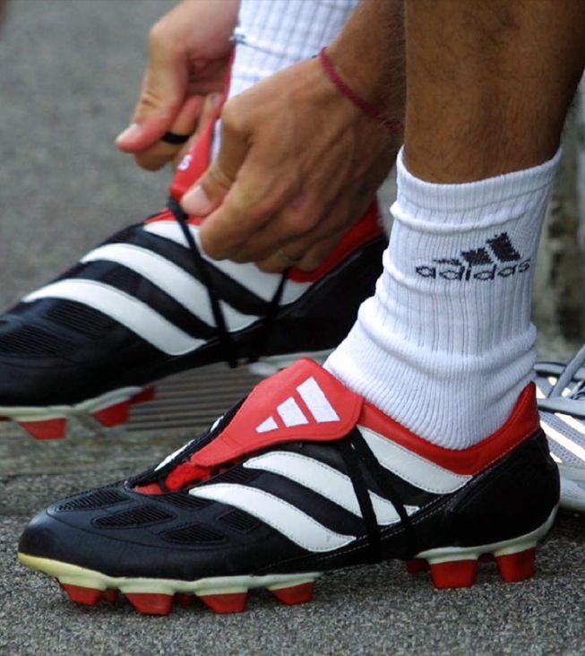 new arrival cdf46 f9dc4 spain adidas predator antiguas 129d3 6e4a4  promo code del antiguo calzado  pesado a las actuales botas inteligentes 06057 8d527