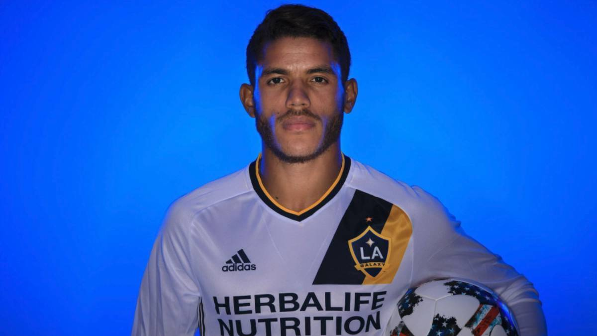 los angeles galaxy anuncia la llegada de jonathan dos santos. Black Bedroom Furniture Sets. Home Design Ideas