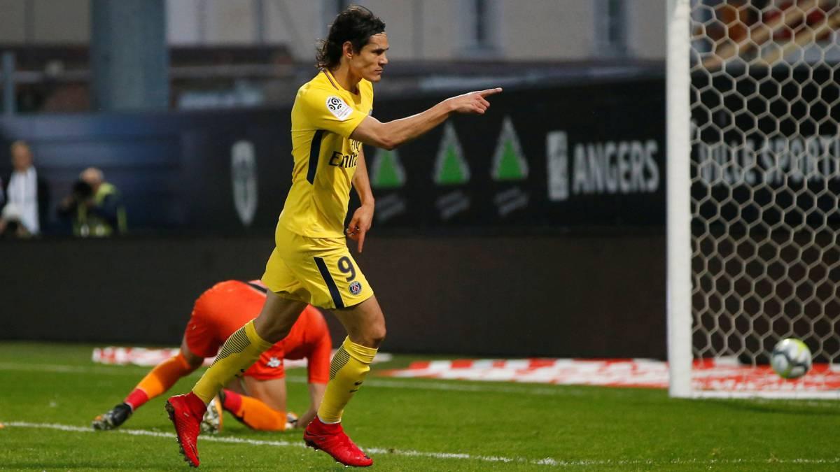 Cavani tercer jugador que marca 100 goles en 2 ligas - Black friday tenerife 2017 ...