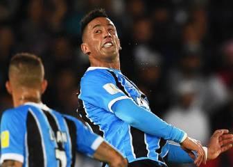 El paraguayo Lucas Barrios deja el Gremio tras la final
