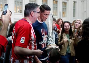 Torres ofreció la Europa League a la Virgen de la Almudena