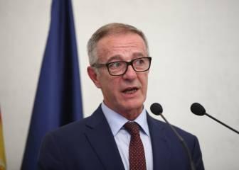 El ministro José Guirao desea suerte a la selección en Kazán