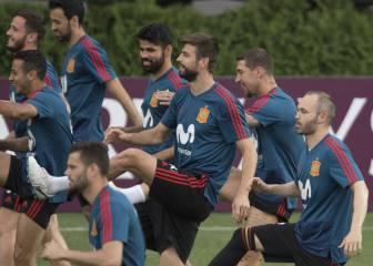España entrena pensando en el partido contra Marruecos
