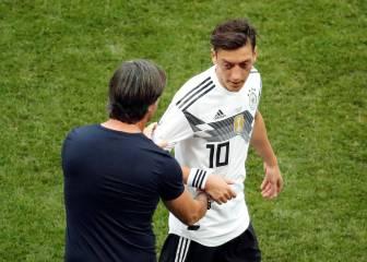Löw señala a Özil: primera suplencia en Mundial y Eurocopa
