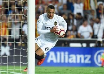 Julen Lopetegui pide a Rodrigo pero el club no se decide
