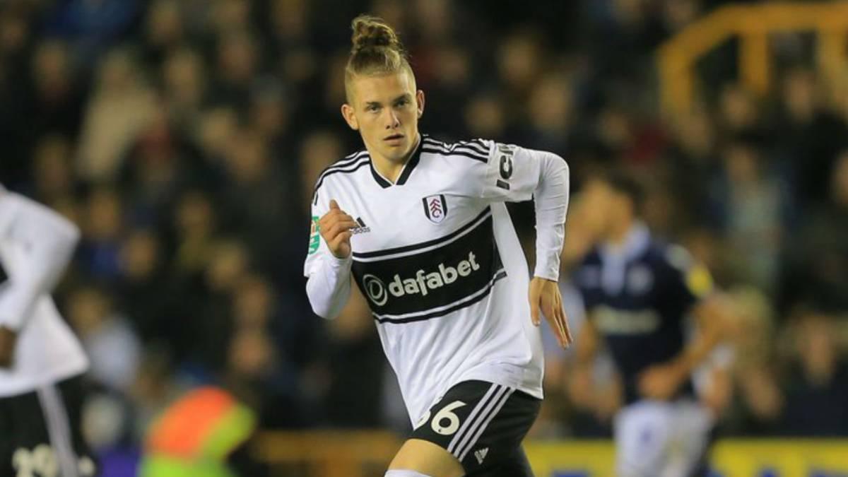 77b01895a60f6 Polémica por el debut de un niño de 15 años con el Fulham - AS.com