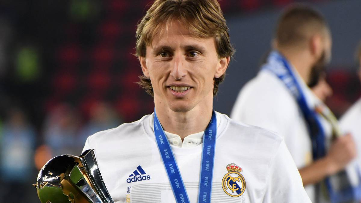 2b8a0673c9a Inter Milan s Director of Sport hasn t given up on Modric