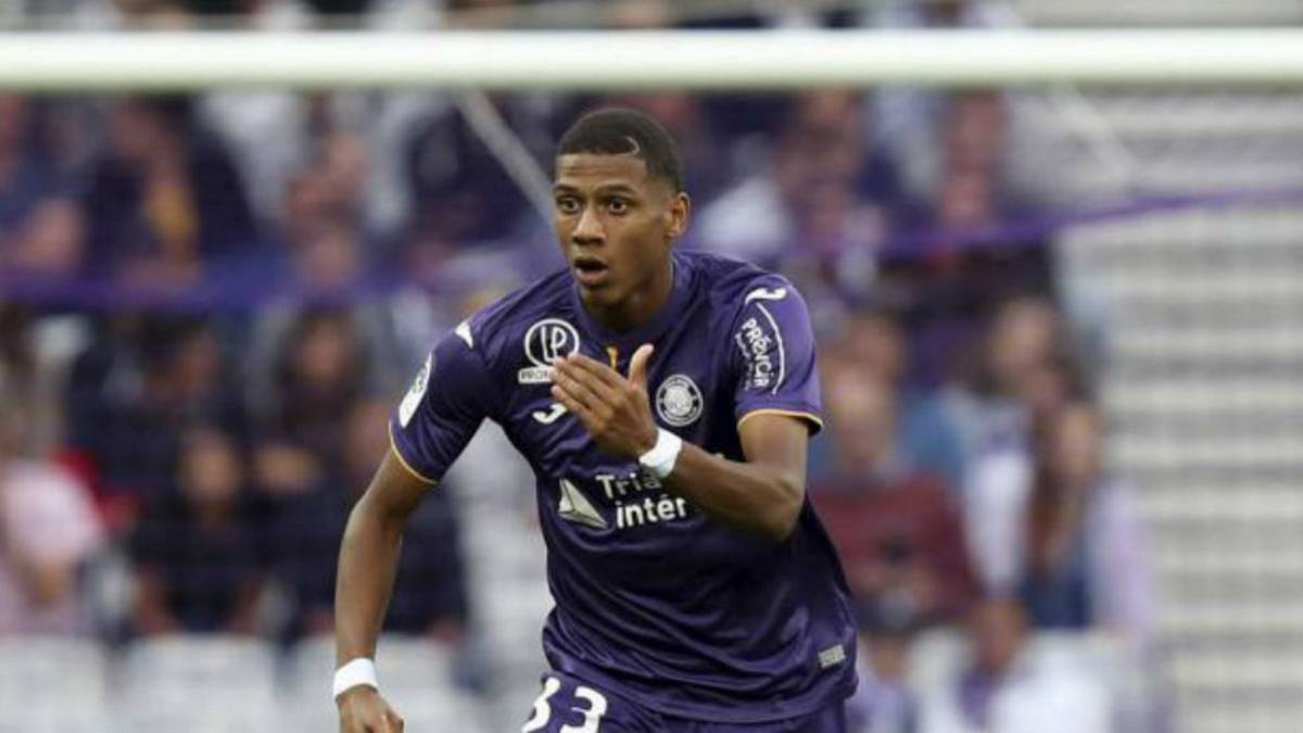 Officiel : Jean-Clair Todibo s'engage avec le FC Barcelone !