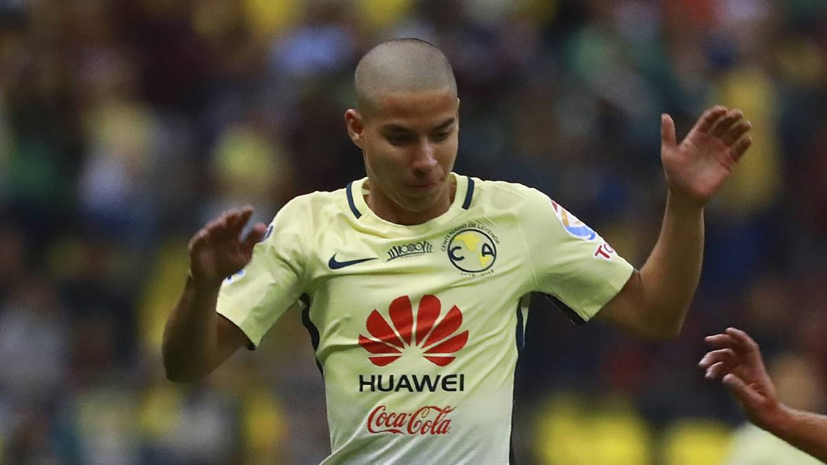 half off 9af5a 23fe1 Betis looks at the Mexican Diego Lainez - Sports News ...