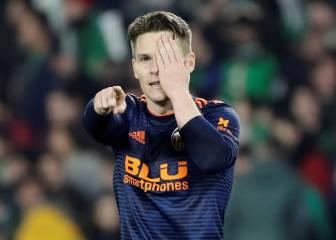 Gameiro resucita al Valencia