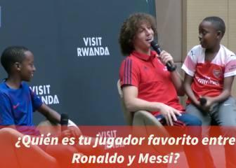 El niño ruandés que saca a David Luiz la gran respuesta de siempre a la pregunta Cristiano o Messi