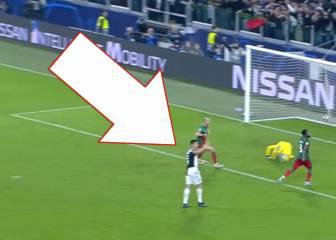 Acusan a Cristiano de pedir fuera de juego en el gol de Dybala