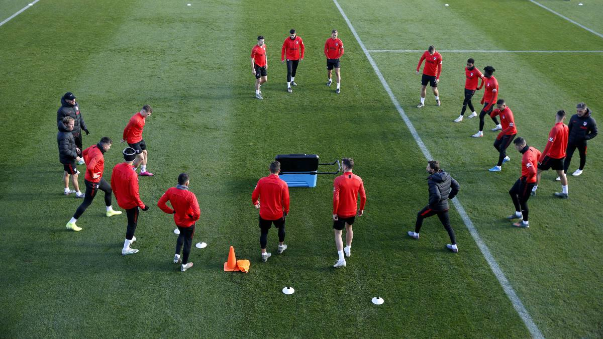 Simeone-tests-with-Costa-as-a-substitute