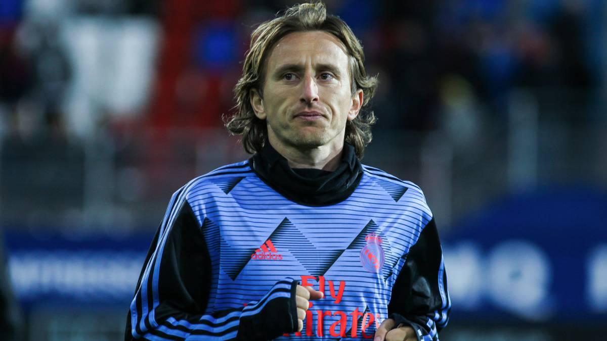 A-gentlemen's-pact-prevents-Modric-from-playing-against-Georgia