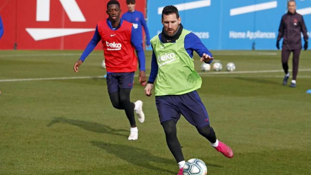 Barça-dribbles-the-FIFA-virus