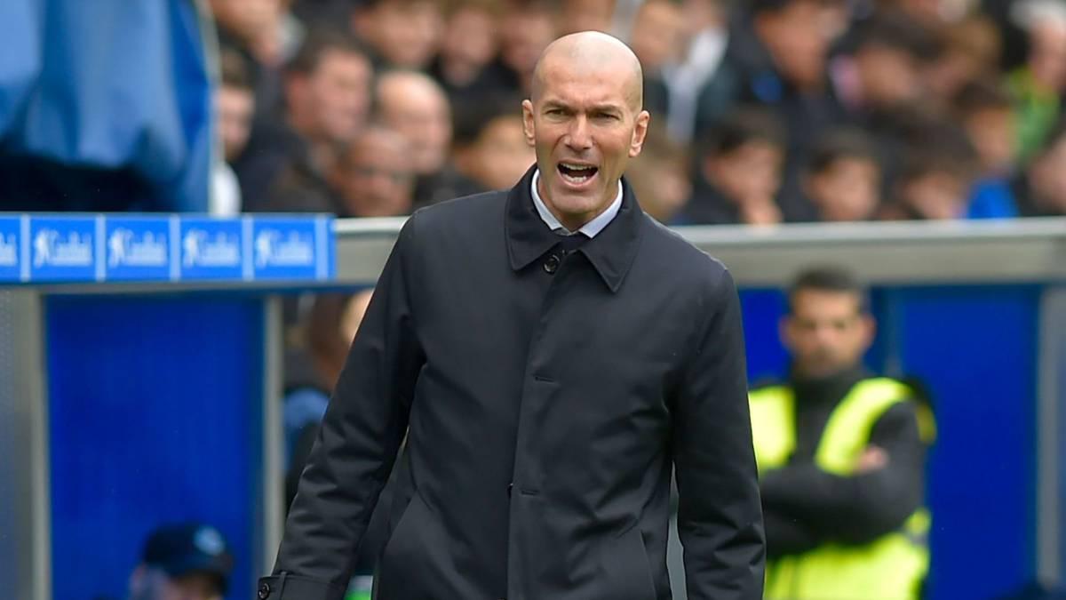 Zidane-plans-the-assault-on-Mestalla-and-Camp-Nou