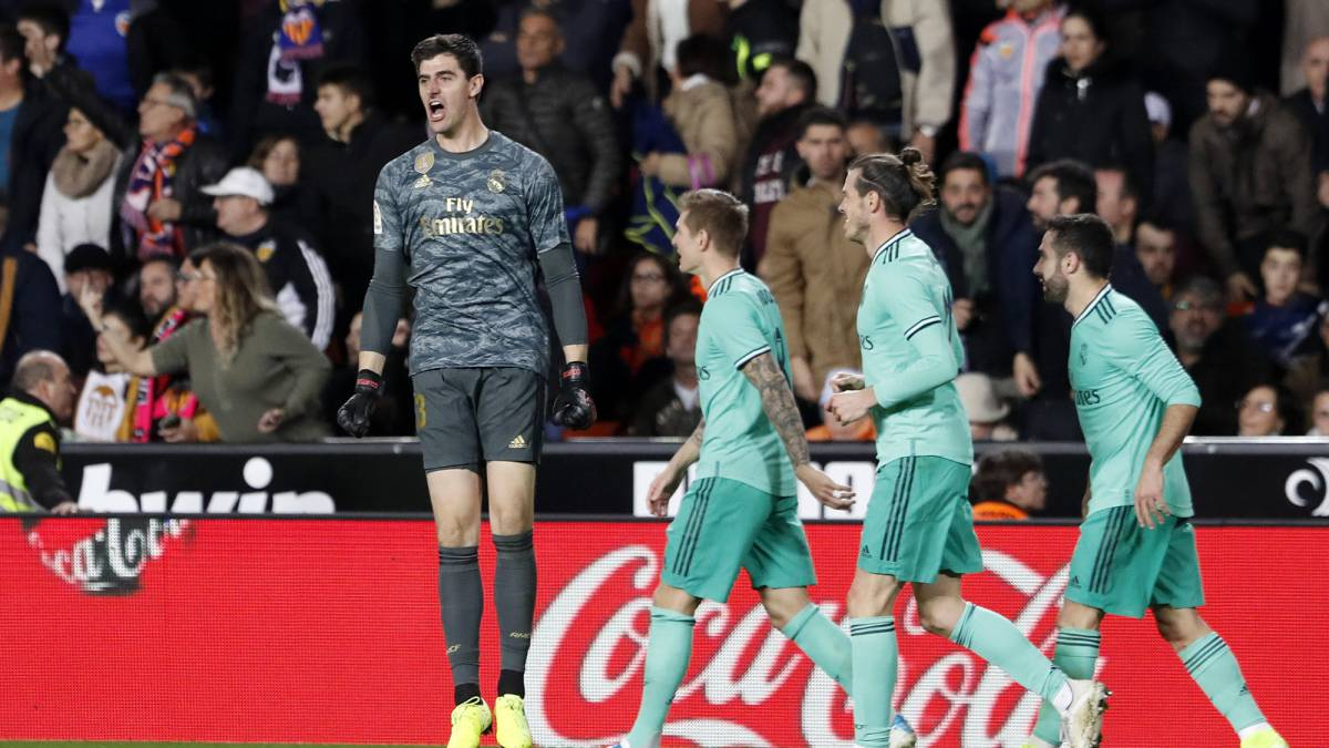 """Courtois:-""""I-measure-two-meters-and-the-opponents-can-get-a-little-nervous-if-I-climb"""""""