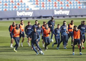 Levante Radoja, Rochina y Postigo descansan en Copa 2