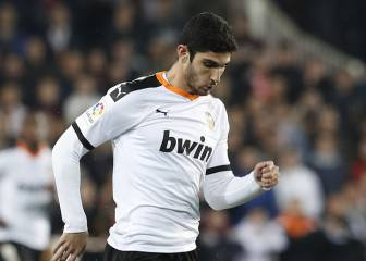 Guedes y Diakhaby, titulares 1