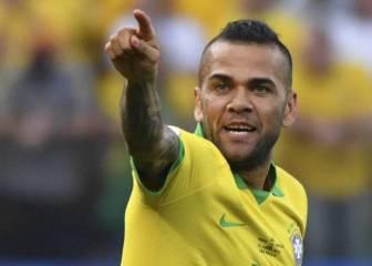 Dani Alves critica a Bolsonaro