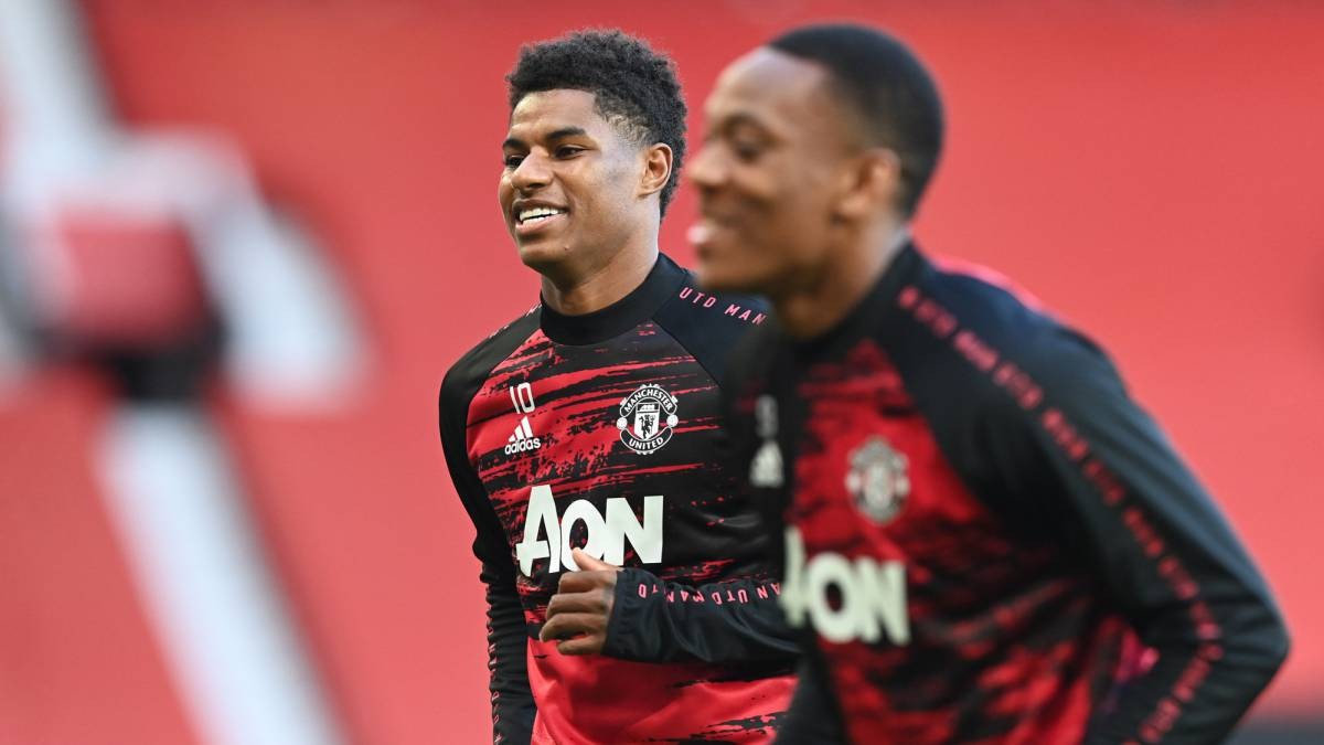 Manchester-United-measure-their-form-in-Germany
